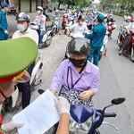 Sử dụng giấy đi đường, giấy xét nghiệm giả có thể bị xử lý hình sự