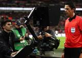 NHA sắp loại bỏ VAR khỏi giải, Bale ra mắt đội tuyển Esport triệu đô