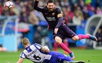 Messi bất lực nhìn Barca THUA SỐC Valencia, Bayern lại vùi dập đối thủ