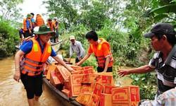 Thủ tướng chỉ đạo khẩn trương sửa quy định về quyên góp, hỗ trợ