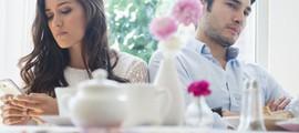 Cửa sổ tình yêu ngày 12/9: Có nên tiếp tục chuyện tình cảm không có hôn nhân