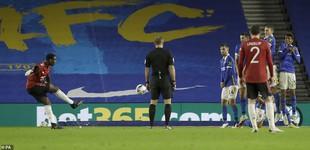 Pogba ghi bàn sau 82 ngày, MU đoạt vé vào tứ kết Cúp Liên Đoàn Anh